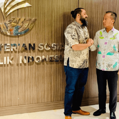 teacher raj meeting Indonesian Minister of Social Affairs