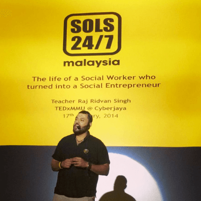 Teacher Raj speaks about SOLS 24/7 at TedxMMU in Cyberjaya